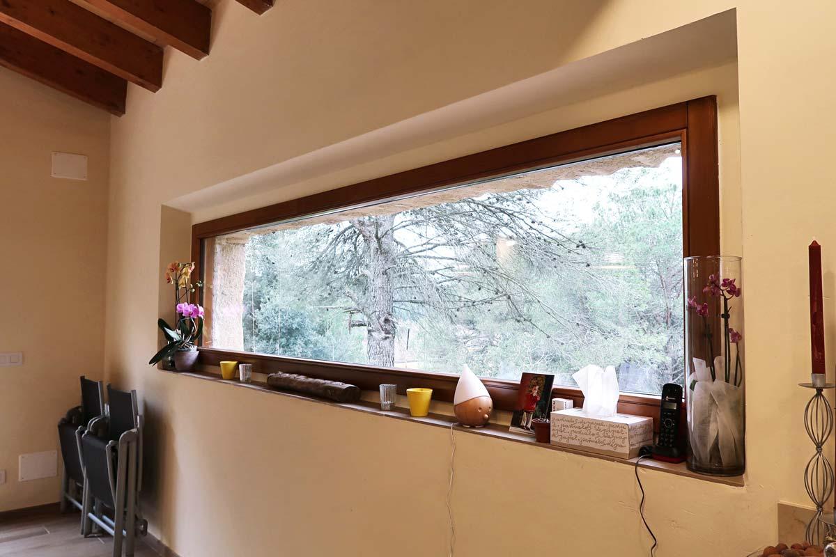 finestres de fusta a mida dissenyades amb criteris d'eficiència i seguretat per Carreté Finestres a Girona