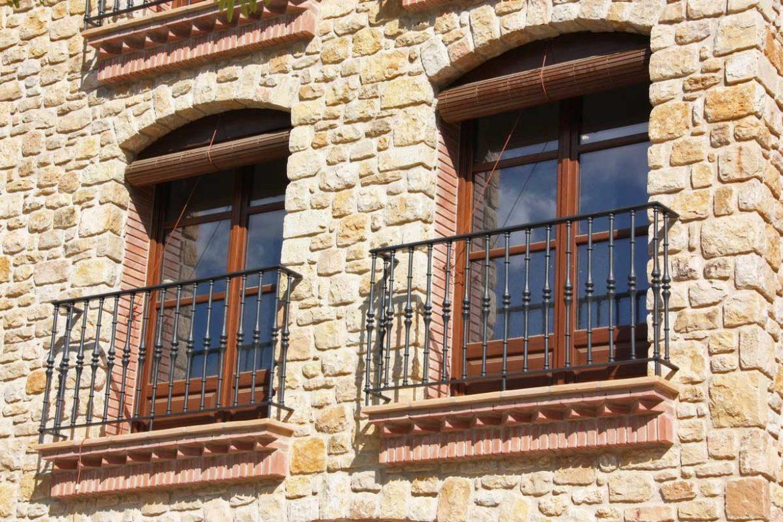 100% Priorat: finestres de fusta a Cabacés | Carreté Finestres