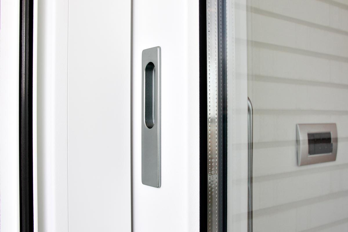 finestres de fusta i alumini corredisses i elevables, tancaments de seguretat, finestres hermètiques a Reus