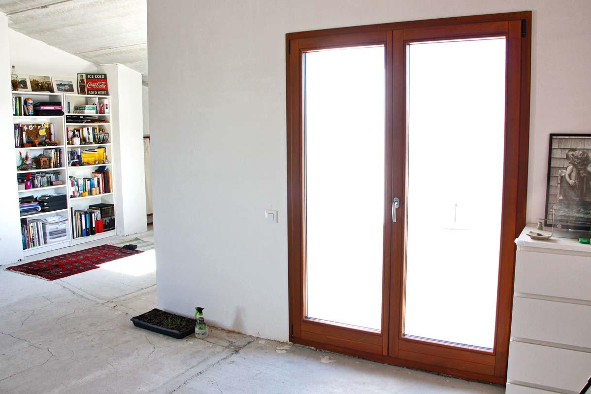 finestrals de fusta ecològica d'alta transmitància tèrmica i tancament hermètic- Santa Coloma de Queralt