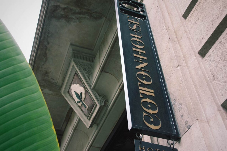 reforma finestres de fusta amb aïllament tèrmic i acústic Hotel Cotton House Hotel Barcelona- Eficient 78 Carreté Finestres