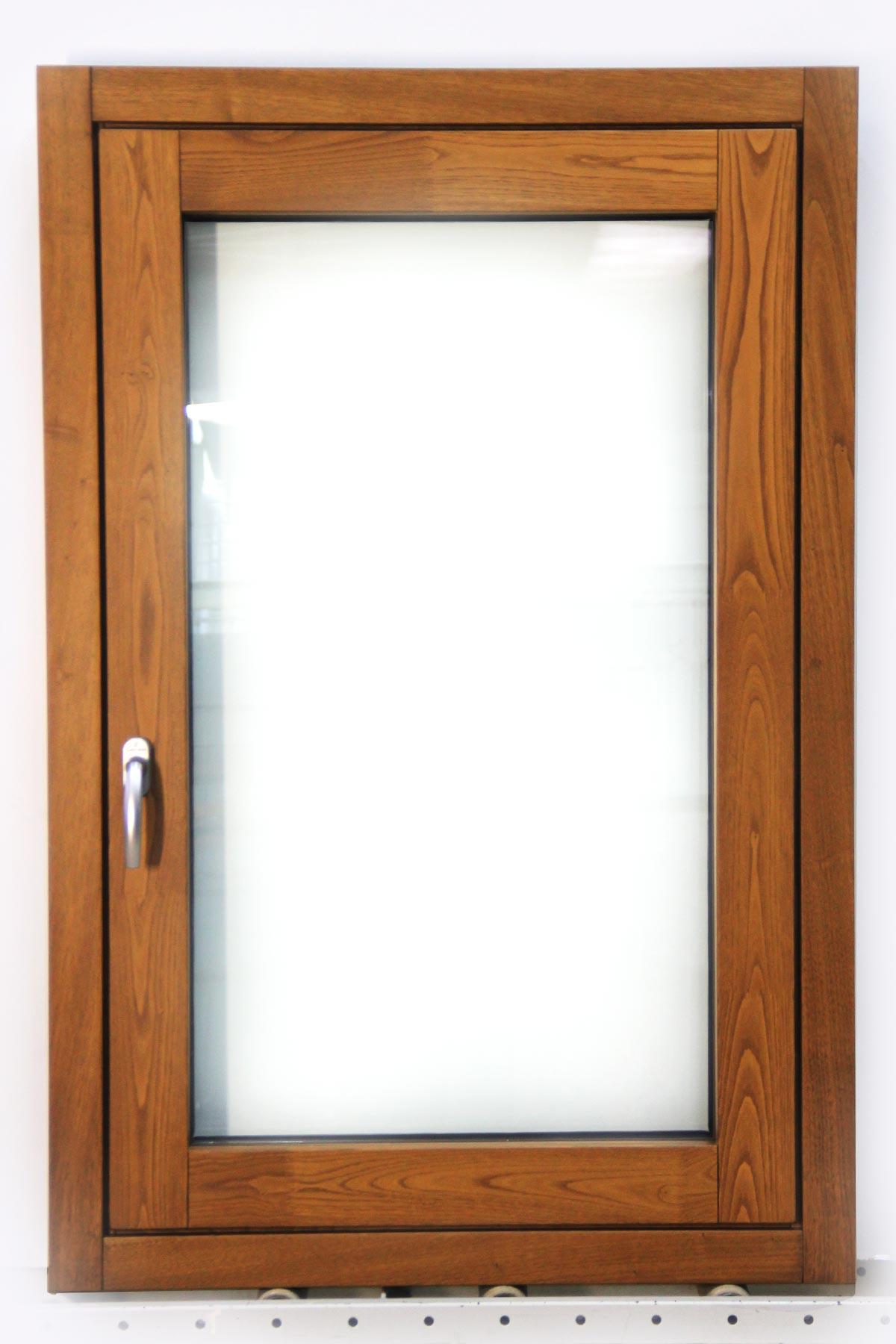 Carreté Finestres - finestra de fusta i alumini Flat mixta