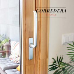 Carreté Finestres - corredissa elevable finestra de fusta i alumini